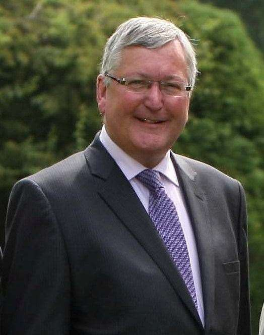 Fergus Ewing has welcomed the roll-out of loans scheme to cover payment gap.